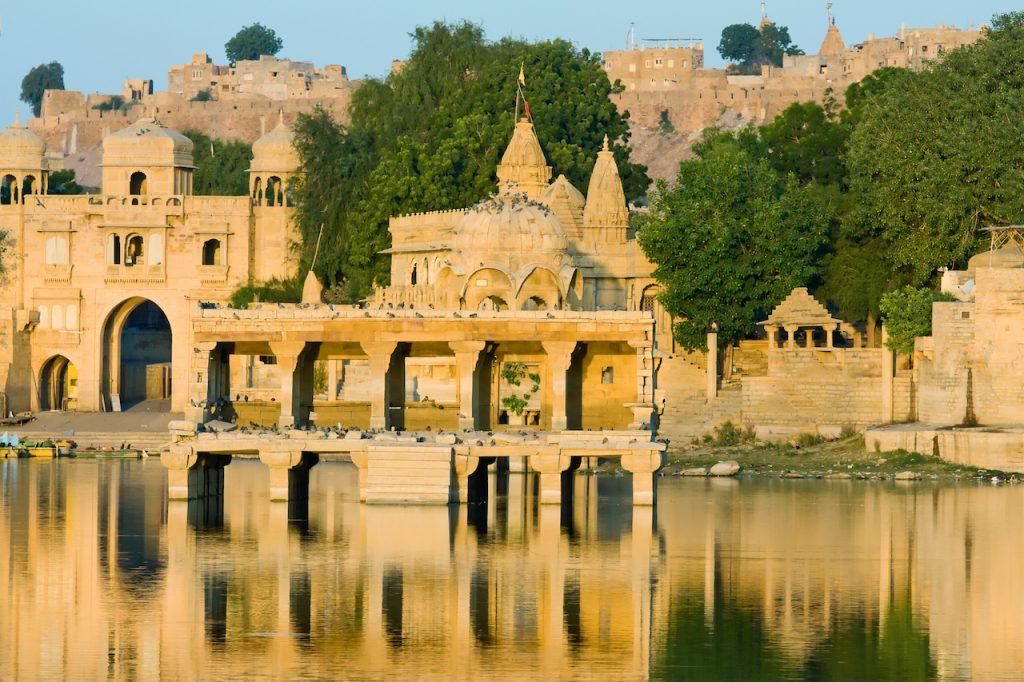 Cosa vedere in Rajasthan, Jaisalmer, Lago Gadi Sagar