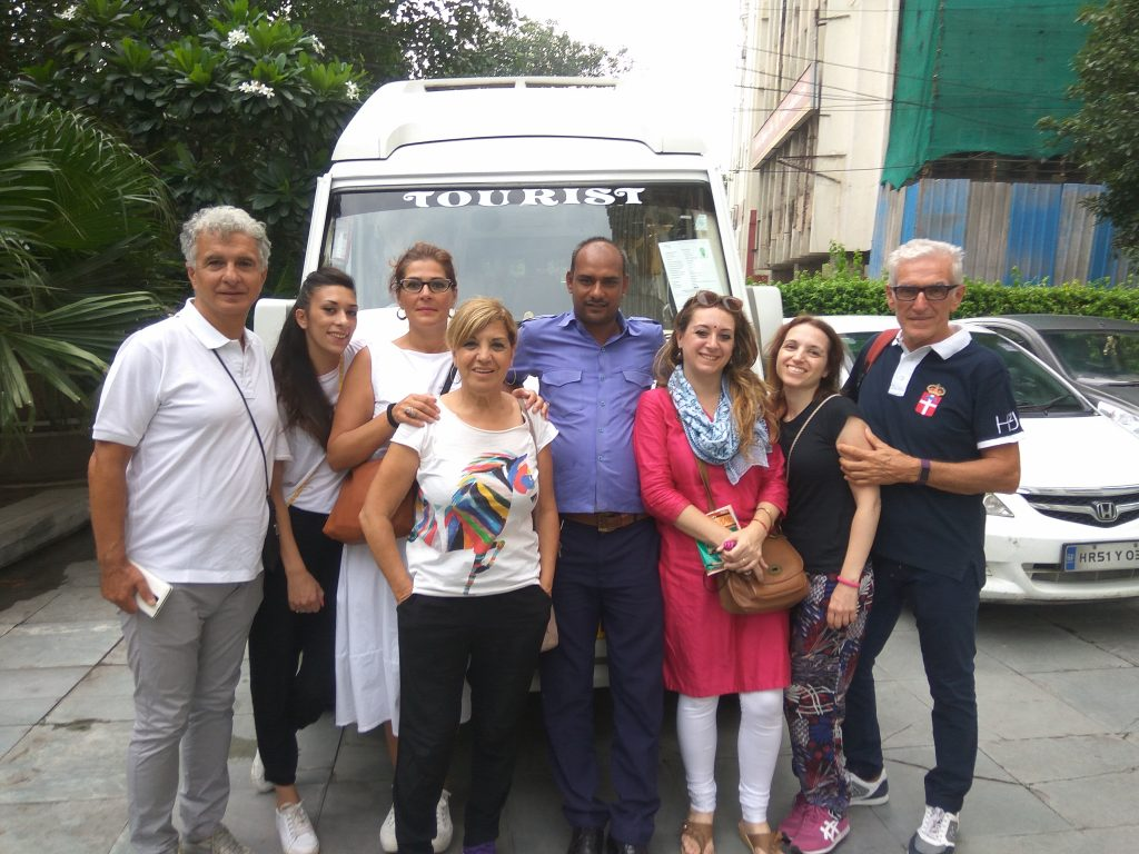 SusIndia | Mancia in India | Accompagnatore e autista