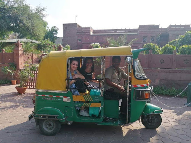 SusIndia | Mancia in India | tuk tuk